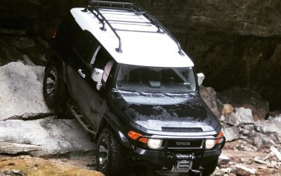 Back that thang up.  . . . . . . #ParkAnywhere #Parking #Offroading #Overlanding #OverlandingUSA #OverlandBound #Toyota #FJCruiser